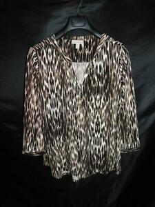 Dana-Buchman-XL-Brown-Print-Shirt-3-4-Sleeve-Button-Loop-V-Neck-Stretch-Knit-XL