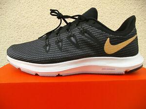 Nike Sportswear Quest Camo Sneaker grün