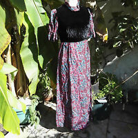 Vintage Cornell Maxi Dress Fashioned with puff sleeve floral 1960's
