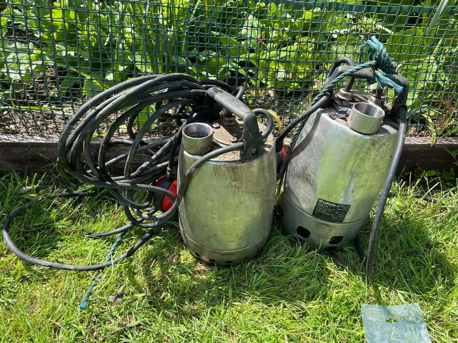 PAIR of CALPEDA Submersible Drainage Pumps + Float Switches - WORKING FINE