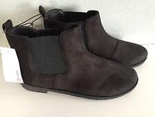 BNWT Older Girls Sz 5 Target Brand Black Suede Look Elastic Side Ankle Boots