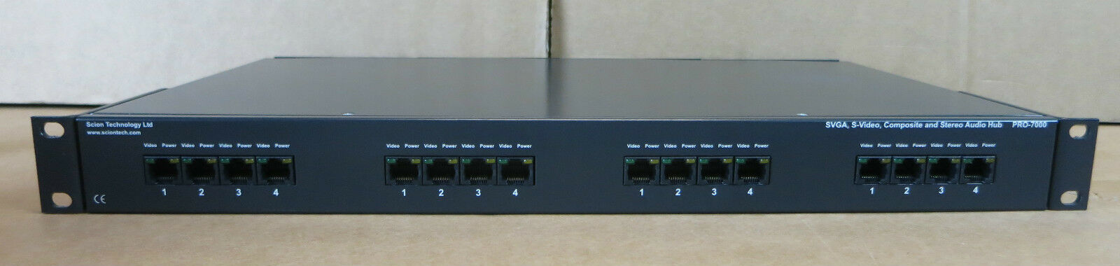 Scion Pro-7000 SVGA, S-Video, Composite & Stereo Audio Hub + 4x Pro-7002 Modules