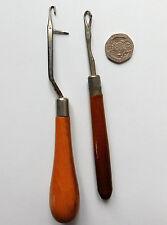 2 vintage latch hooks Rug making tools Traditional wooden handles 1 Readicut