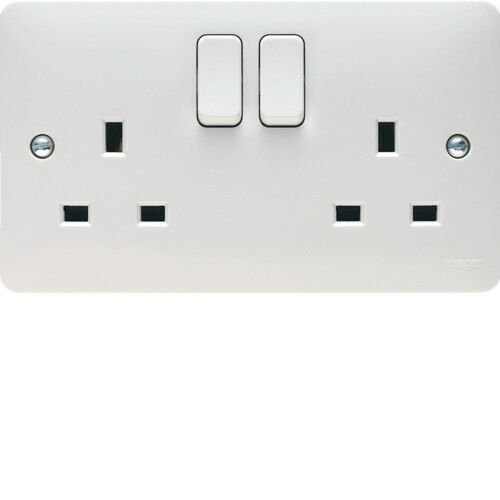 Hager 13 a 2 vitesses Double Pôles Switched Socket /& Pattress-sollysta Range