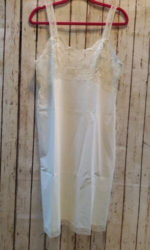 Vintage Bali Fischer White Lace Slip Negligee Nigh