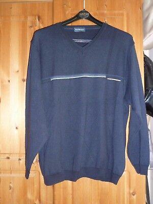 2019 Mode Dunkelblauer V-ausschnitt Pullover Von Gino Romani, Gr. 54