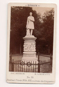 Vintage-CDV-Statue-King-Frederick-William-III-of-Prussia-in-Berlin-Germany