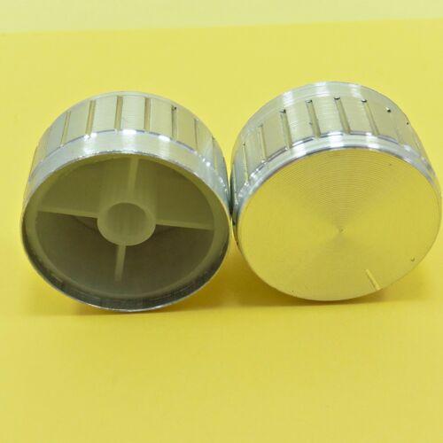Manopola per potenziometro asse 6mm gialla con indice diametro 22mm a mandrino
