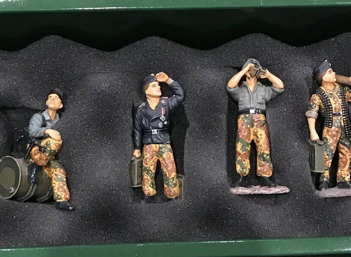King King King and Country Tank Crew WS 016 781
