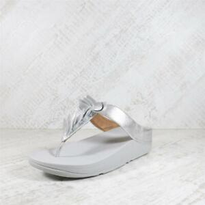 Womens Fitflop Fino Leaf Toe Silver Thong Sandals (AGF1) RRP £74.99