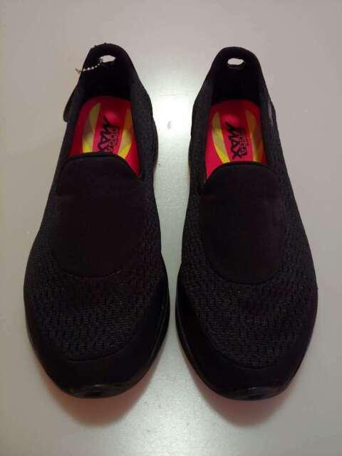 Black Skechers Go Walk 4-Pursuit Size