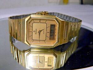 8eb650c78328 La foto se está cargando Reloj-Analogico-en-Ultra-Raro-Modelo-Armitron-Oro-
