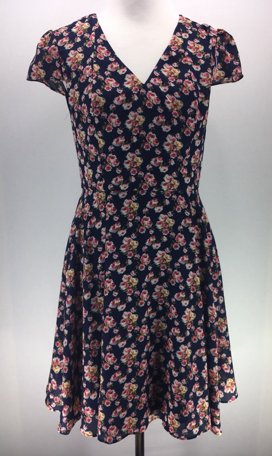 Betsey Johnson Dress Size 6 Floral Fit and Flare bluee Dress