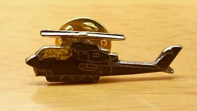 US ARMY COBRA AH-1 ATTACK HELICOPTER AIRCRAFT LAPEL PIN BADGE 1 INCH