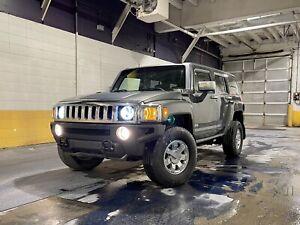 2010 Hummer H3 Luxury