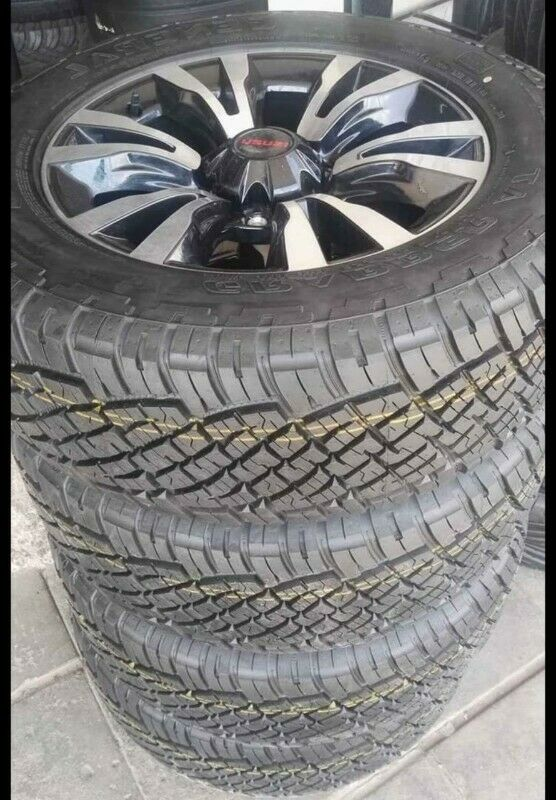 "18"" Isuzu X-Rider mags with brand new 255/60/18 General Grabber AT set for R14000."