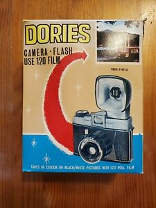 Vintage-DORIES-120-Film-Camera-w-Flash-Unit-in-Box-w-Instructions
