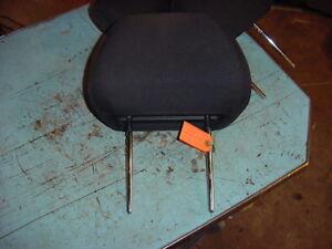 2010-10-CHEVY-MALIBU-FRONT-DRIVER-HEAD-REST-1-BLACK-CLOTH-SEAT-HEADREST