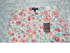 Nuevo Con Etiquetas Para Mujer Boyfriend De Forever 21 Crema Rosa Floral Premium Denim Pantalones Cortos Talle 31 Ebay