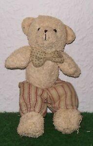 Stofftier TEDDY mit Hose ca. 22 cm - Deutschland - Stofftier TEDDY mit Hose ca. 22 cm - Deutschland