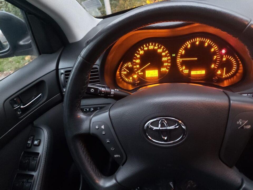 Toyota Avensis, 1,8 VVT-i Sol, Benzin