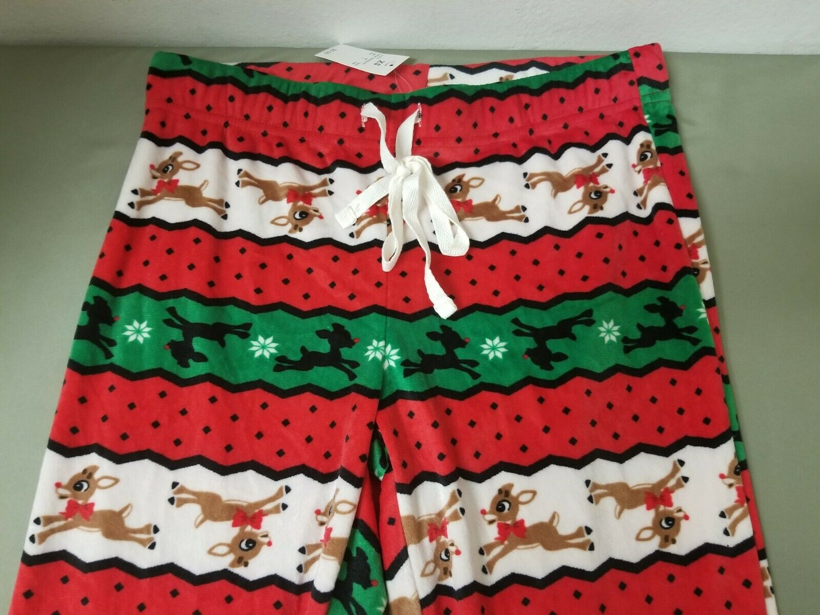 Comfy Sleepwear Set.Retail 27.99 Details about  /New Womens Rudolph The Red Nosed Reindeer 2 Pc