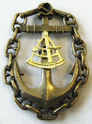 USSR Soviet Russian Navy CAPTAIN NAVIGATOR Long Voyage Brass Badge Hammer/&Sickle