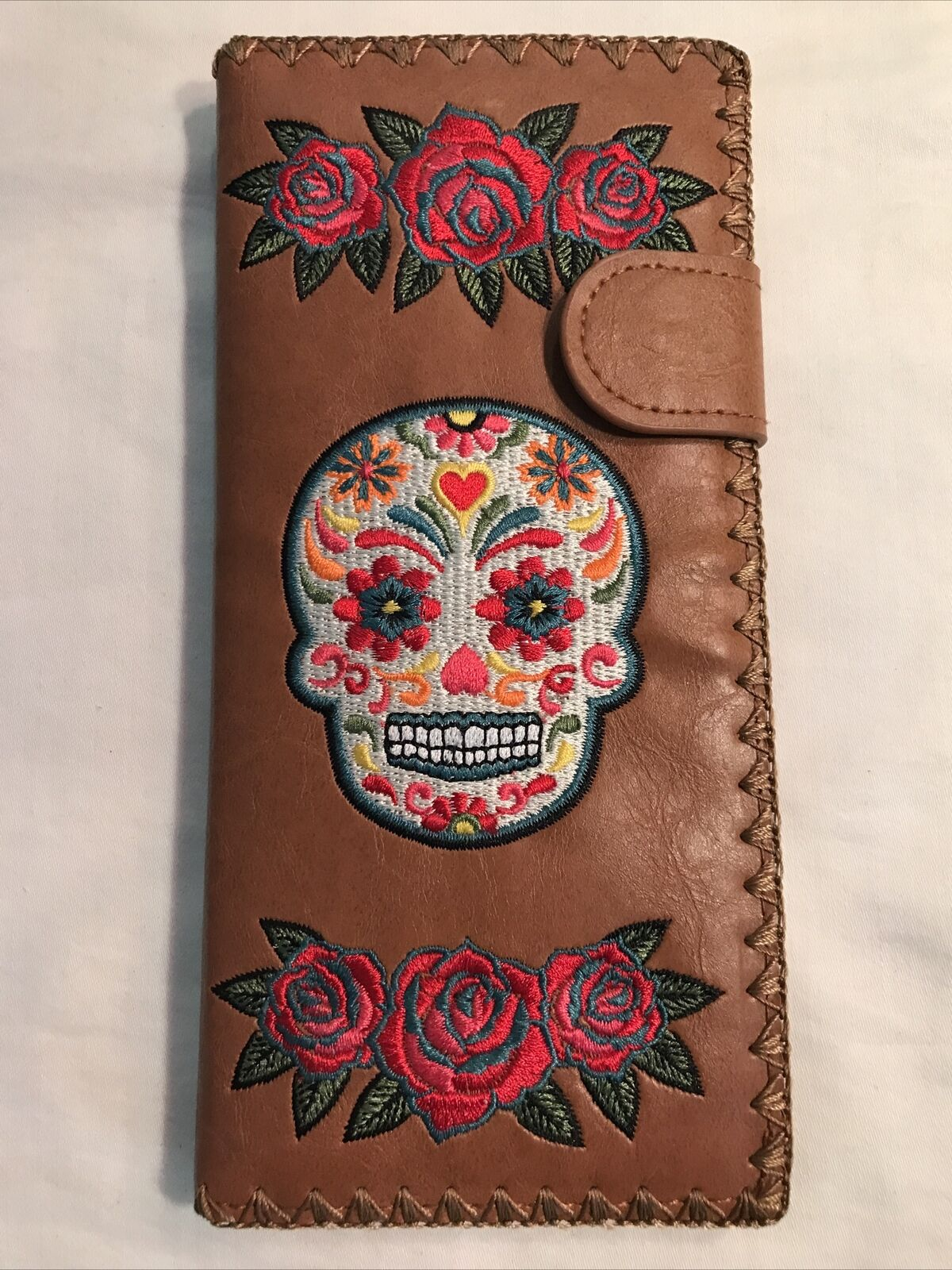 Lavishy Mexican Sugar Skull Day of the Dead w Roses Wallet/Brown, Embroidered *