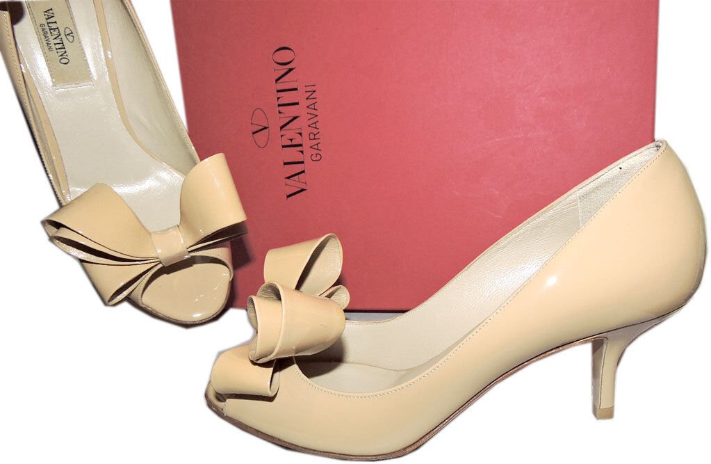 Valentino Garavani Beige Pump Nude Patent Leather Low Heel shoes Sandals 36.5 Bow