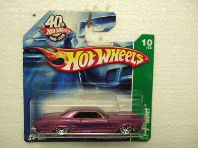 A.S.S NEU Johnny Lightning 1//64 Buick Riviera 1971 Classic Gold Collection 2020