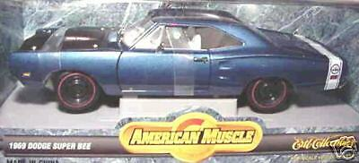 1969 DODGE SUPER BEE bleu 1 18 ertl american muscle 7271