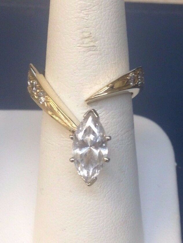 14k Yellow gold Marquise Ring