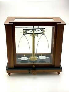 Antique-Voland-amp-Sons-Balance-Beam-Scale-Apothecary-Jeweler-Early-1900s