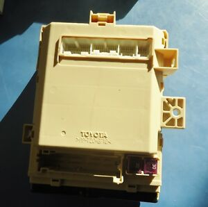 Details about TOYOTA HIGHLANDER NEW FUSE BOX Y. H338L8Q 083013, H3, on