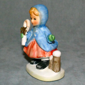 Christmas-Figurine-Ceramic-NAPCOWARE-Taiwan-7-Girl-Blonde-Candy-Cane-USA-SELLER