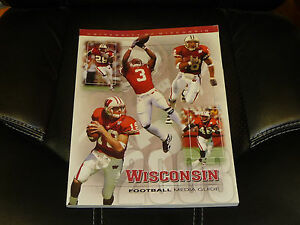 2003 WISCONSIN COLLEGE FOOTBALL MEDIA GUIDE COVER EX-MINT ...