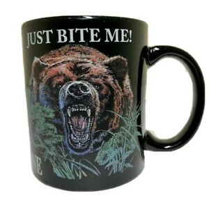 Yellowstone-National-Park-Coffee-Mug-Bear-Just-Bite-Me-Drinking-Glass