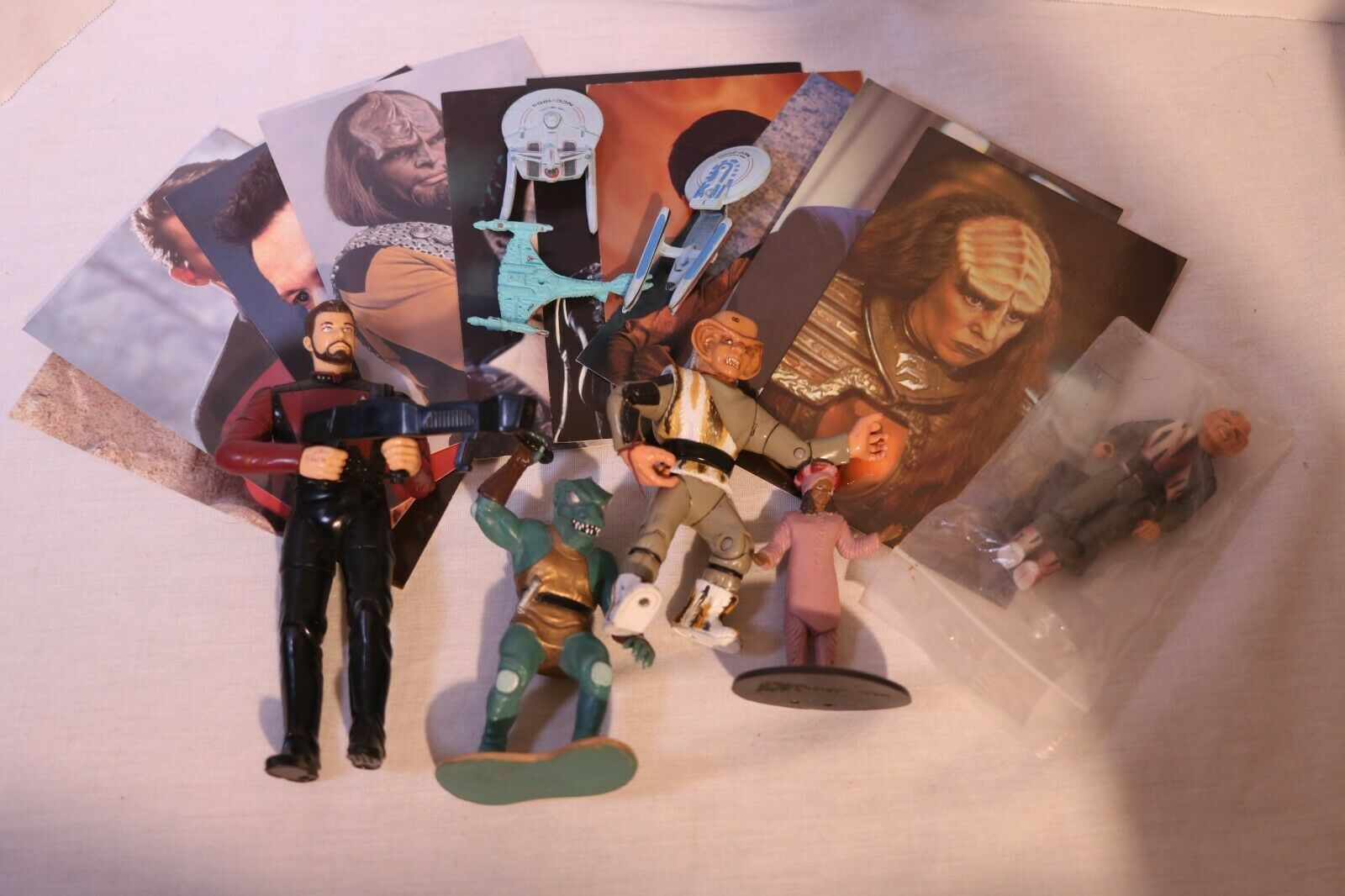 Lot Of Of Of Vintage Star Trek Action Figures 80s 90s 10 Post Cards 1996 502873