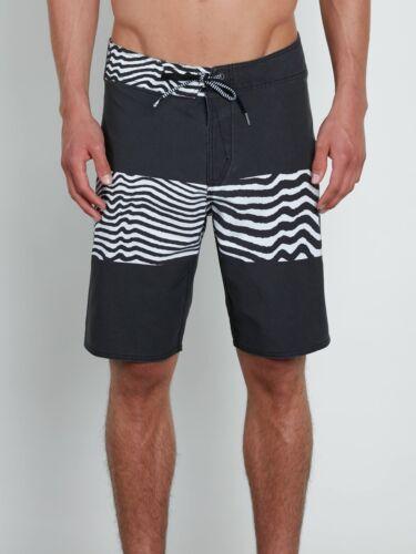Retail $60 Volcom Men/'s Black Macaw Faded Mod-Tech Board Shorts