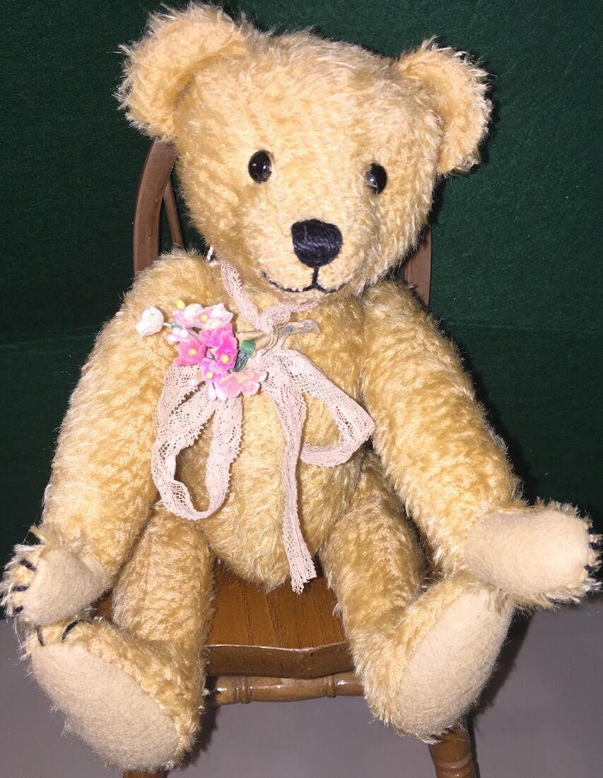 Penny Noble Handmade 12  Mohair Bear  TO CUTE  1997 Herrington Collection  20/25