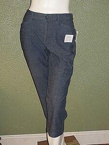 bc90508b004 NWT Women s Croft   Barrow Comfort Waist Capri Pants Assorted Sizes ...