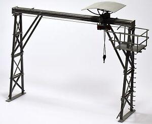 Dingler-Bockkran-Fertigmodell-1-32-Messing-lackiert