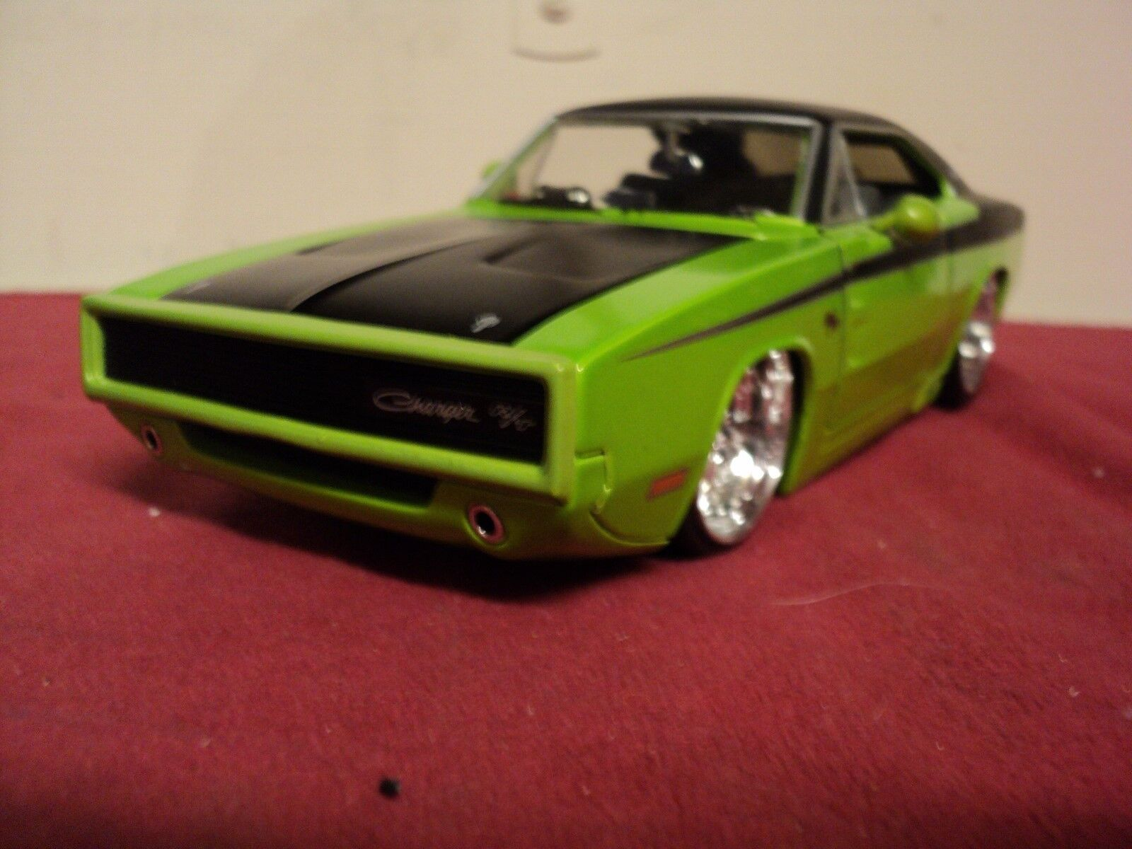 prezzo all'ingrosso Jada 1970 Dodge Charger Charger Charger R T 1 24 scale used 2003 release No headlite version HTF  perfezionare