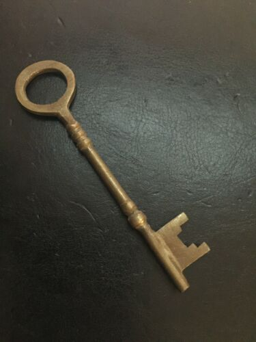 Victorian Key Cast Iron Patina Brass Finished Antique Style Castle Skeleton NR
