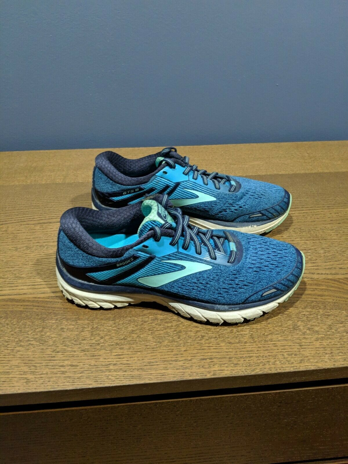 Brooks Adrenaline GTS 18 Womens Running shoes bluee Size 9