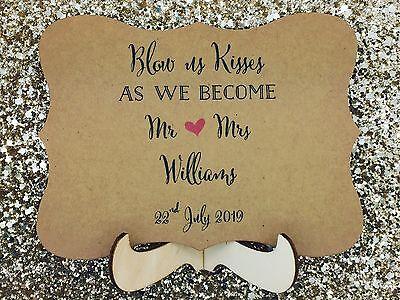 Compiacente Wedding Bubbles Segno Carta Con Supporto In Legno Cavalletto-mostra Il Titolo Originale Rendere Le Cose Convenienti Per I Clienti