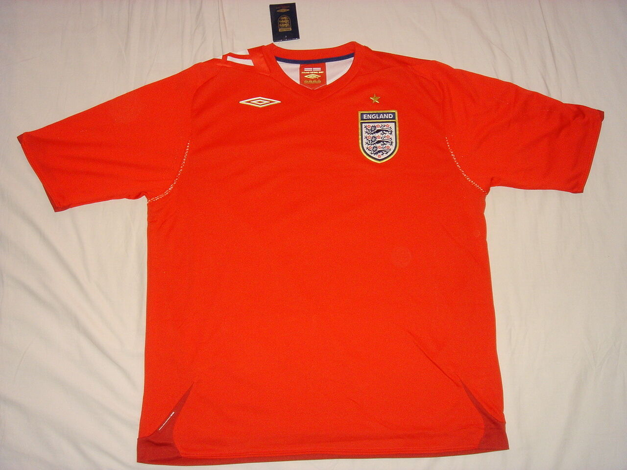 England National Team Soccer Jersey Umbro Top  Football Shirt  BNWT L