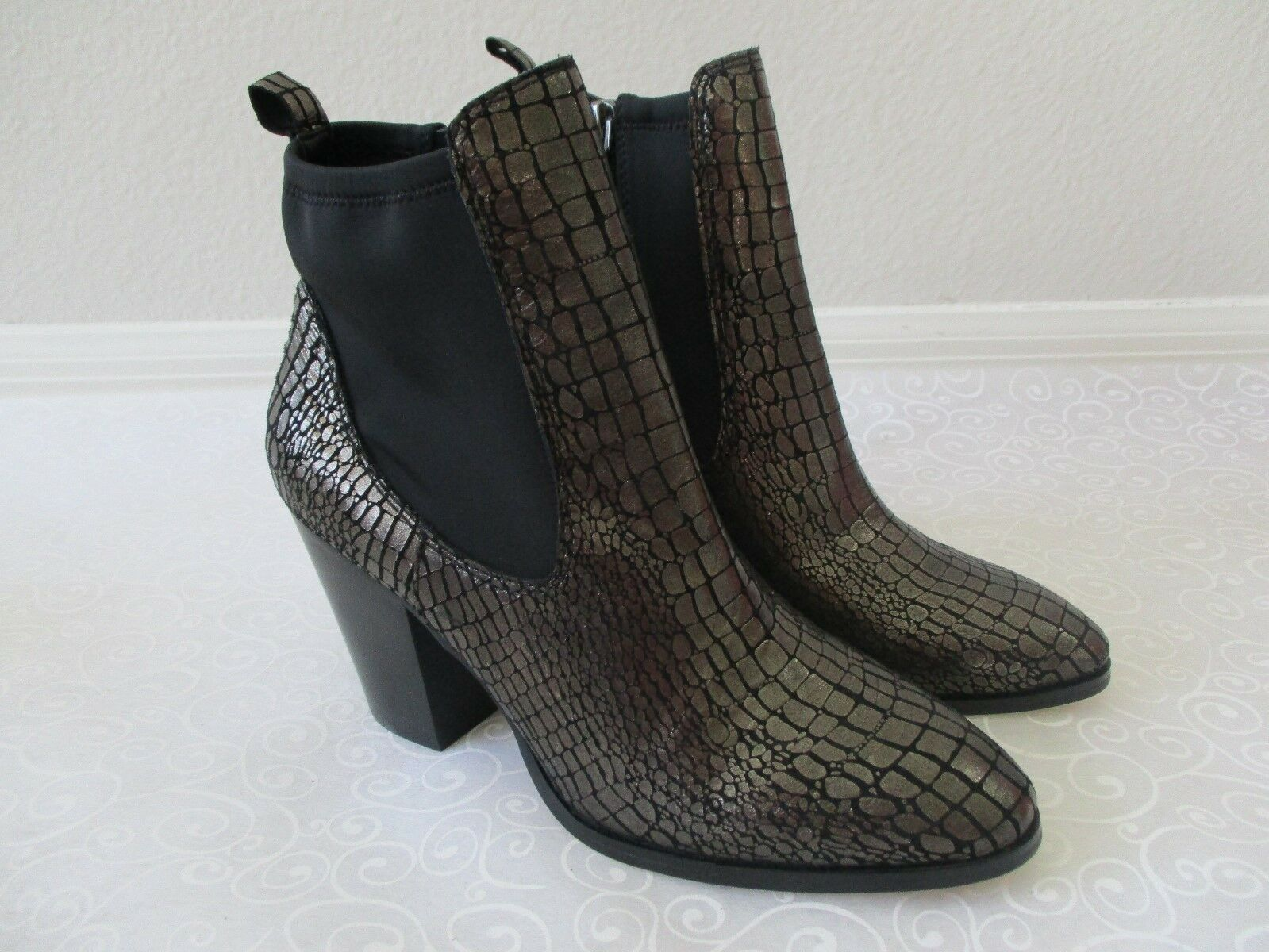 DONALD J PLINNER PEWTER SILVER METALLIC CROCCO ANKLE BOOTS SIZE 9 1 2 M - NEW