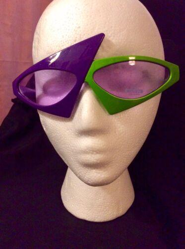 Dyce New Wave 80s Retro Asymmetrical Sunglasses Pu