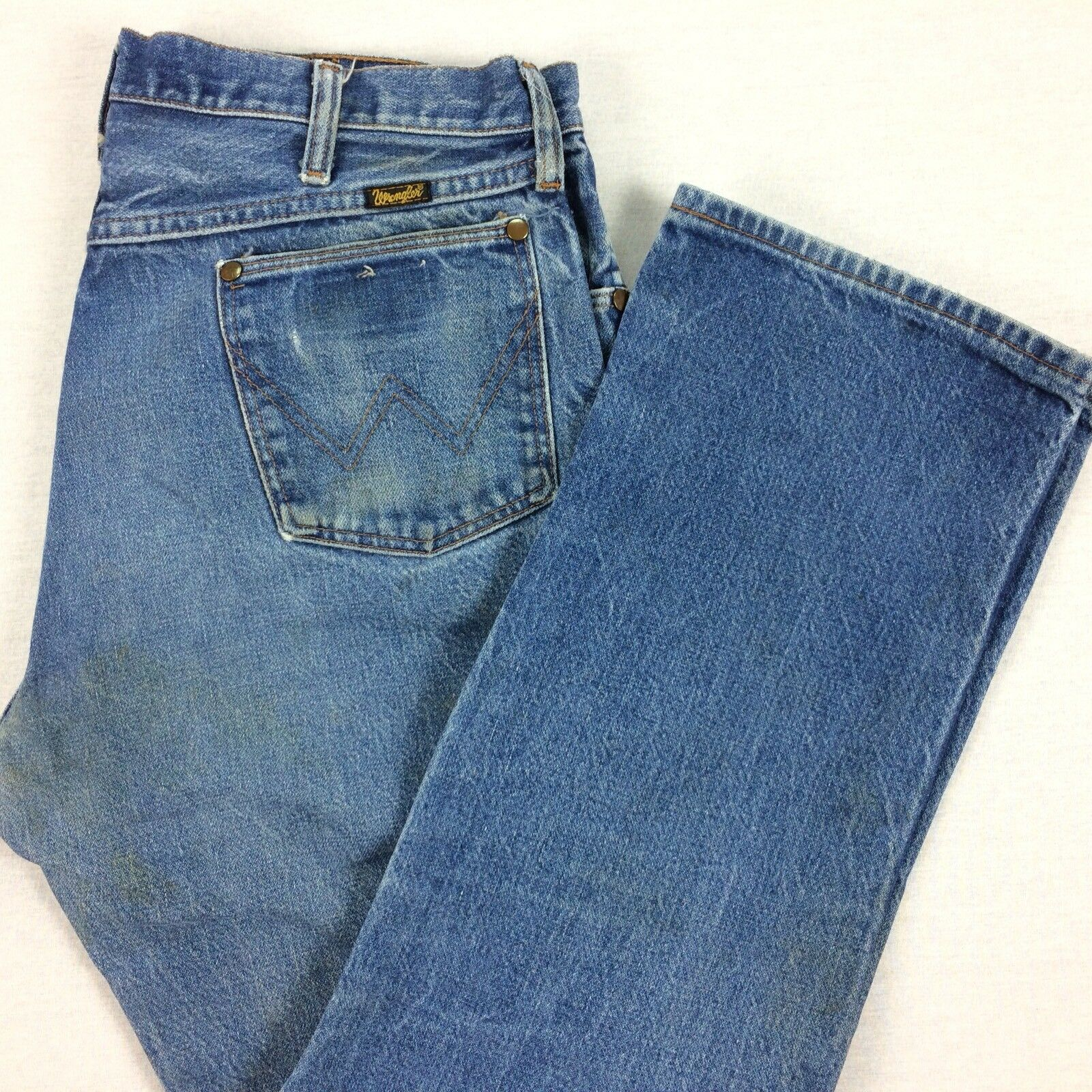 Vtg USA Made Distressed WRANGLER Jeans Mens 34 x 29 Nicely Faded Medium Wash